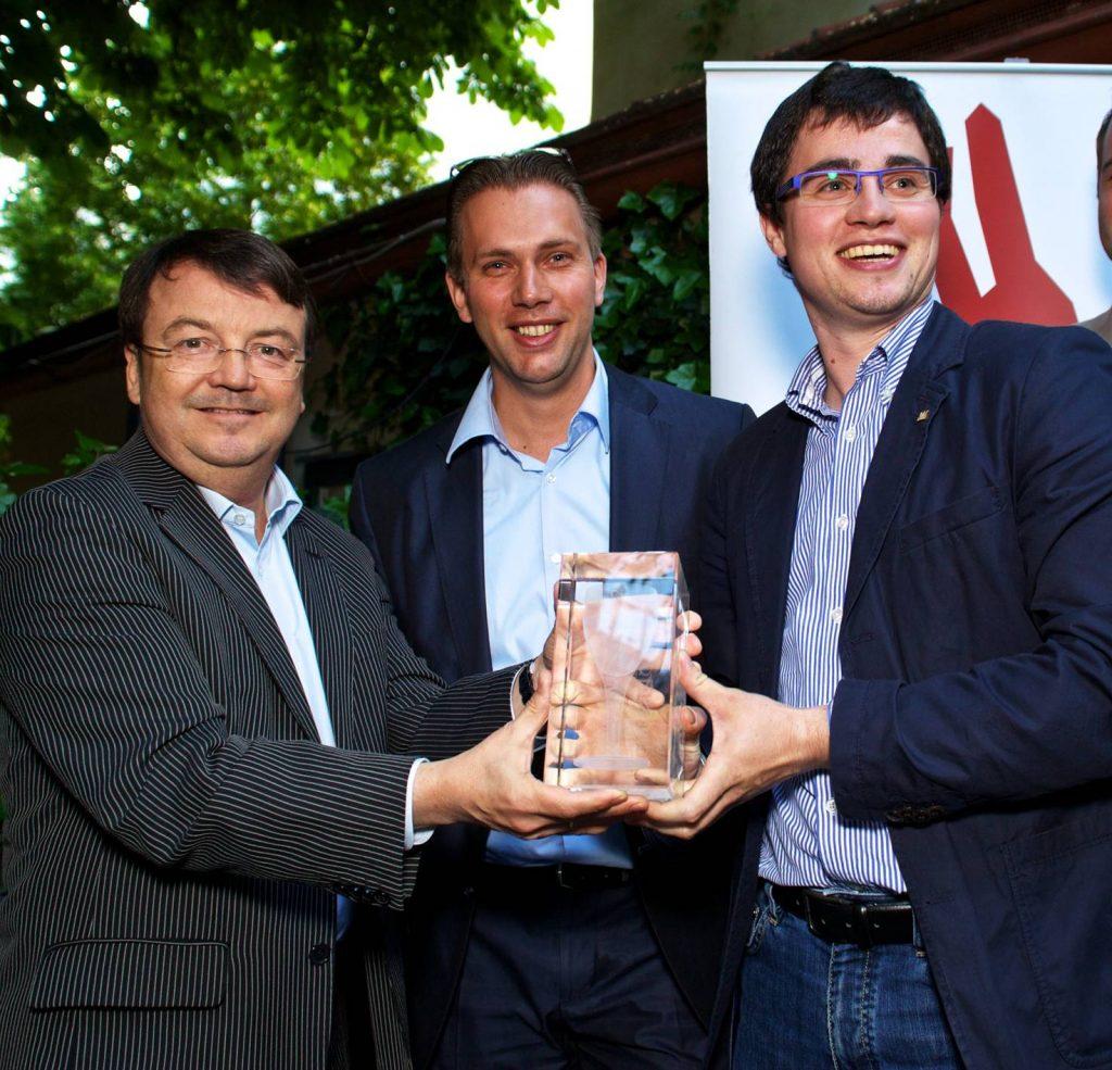 klinger-geyer-leth-franz-jun_schlossquadrat-trophy_credit-lehmann